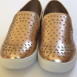 Rose gold ladies athletic shoes 8